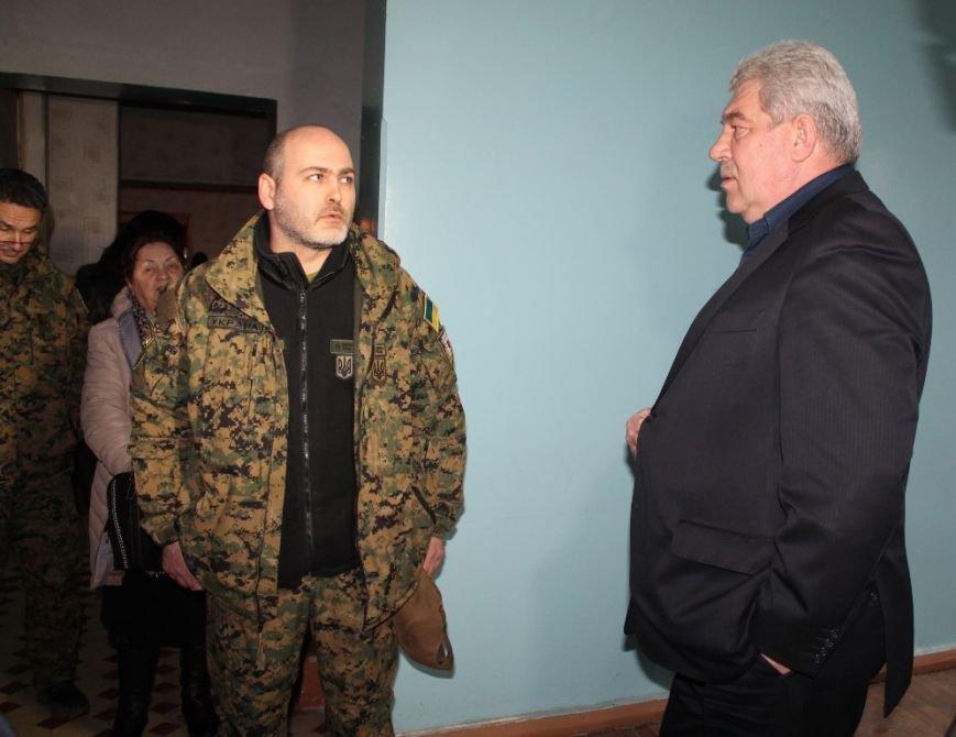 В Артемовске на базе железнодорожной больницы разместится Первый добровольческий мобильный госпиталь, фото-1