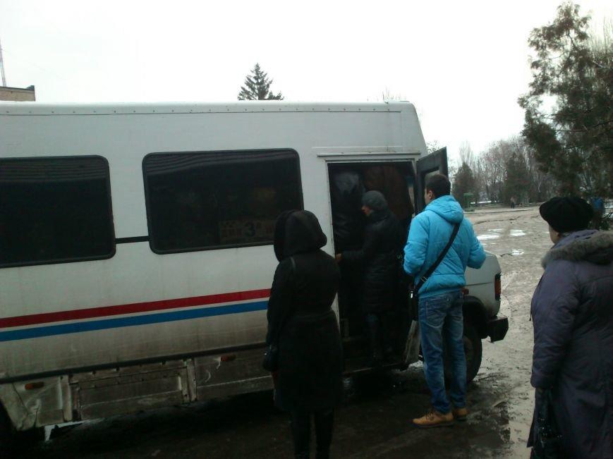 Днепродзержинские перевозчики не справляются с потоком людей, фото-2