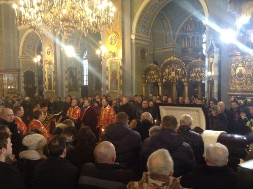 У Львові попрощатися з Кузьмою прийшло більше тисячі людей (ФОТО), фото-6