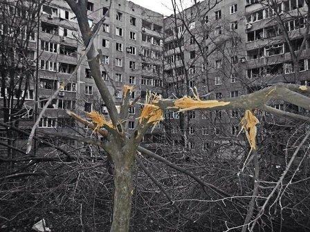 В Донецке подвергся жесточайшему артобстрелу - погибли 8 мирных жителей, 33 ранены (ФОТО) (фото) - фото 3