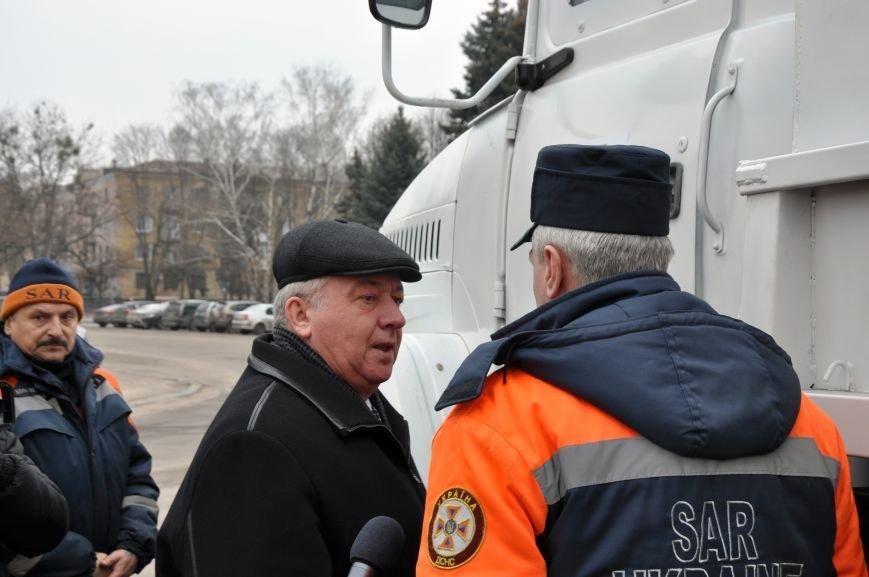 В Краматорск прибыли бронированные автомобили для вывоза людей из горячих точек Донбасса, фото-4