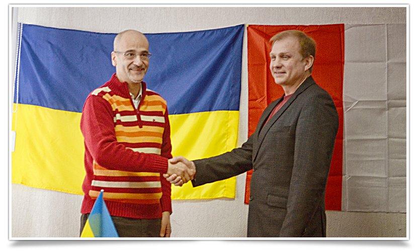 В Славянске состоялась встреча и.о. городского головы и президента итальянского благотворительного фонда (фото) - фото 2