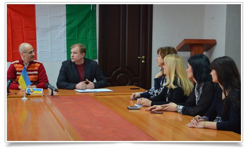 В Славянске состоялась встреча и.о. городского головы и президента итальянского благотворительного фонда (фото) - фото 1