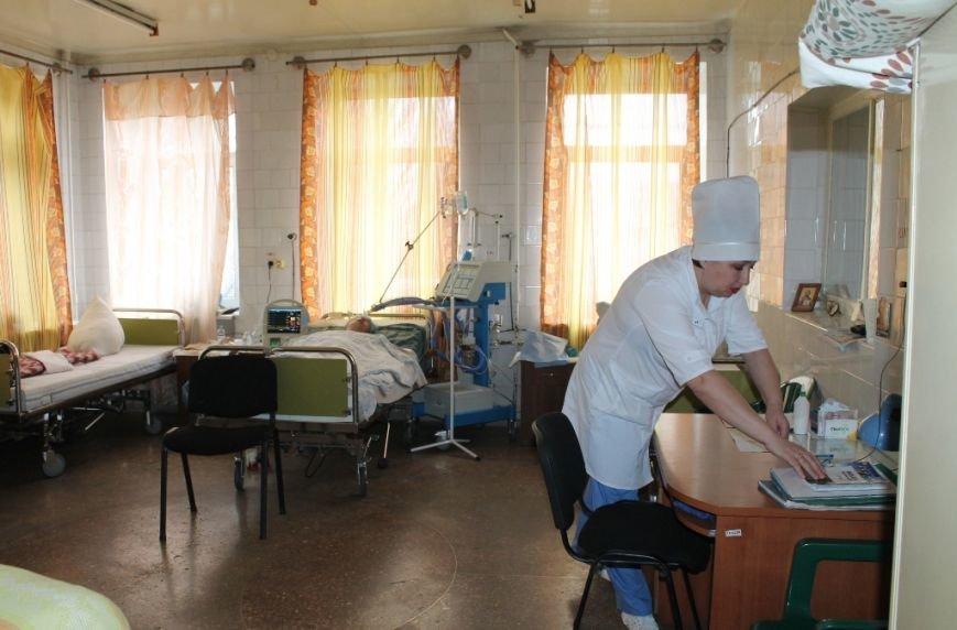 Губернатор Донецкой области посетил Центральную районную больницу Артемовска, фото-3