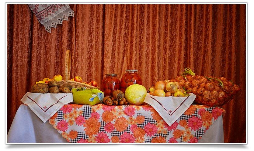 Ярмарка украинской кухни прошла в одной из школ Славянска(фоторепортаж) (фото) - фото 1