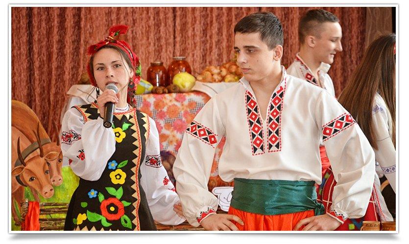 Ярмарка украинской кухни прошла в одной из школ Славянска(фоторепортаж) (фото) - фото 5