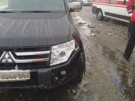 В Киеве столкнулись четыре машины, есть жертвы (ФОТО, ВИДЕО) (фото) - фото 1
