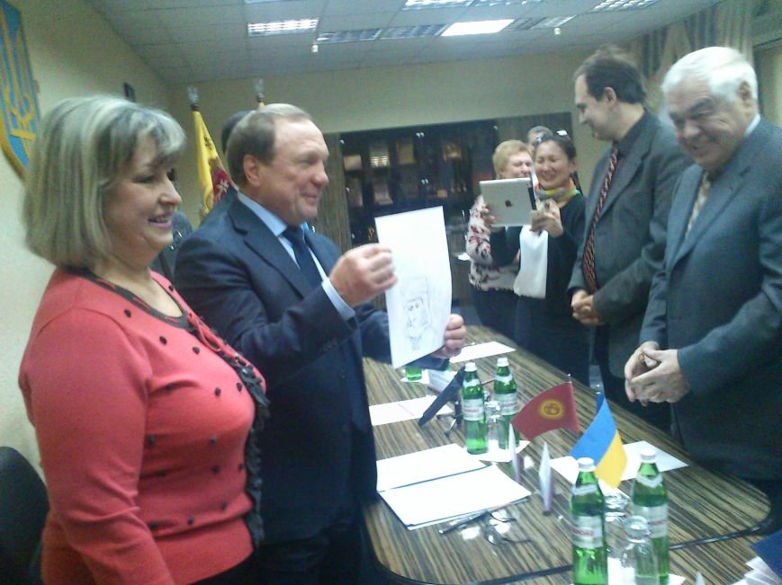 Днепродзержинск посетил Чрезвычайный и Полномочный посол Кыргызской республики, фото-3