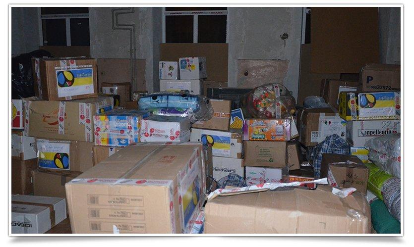Гумонитарная помощь переселенцам в Славянске отгружена и находится на складе (фото) - фото 2
