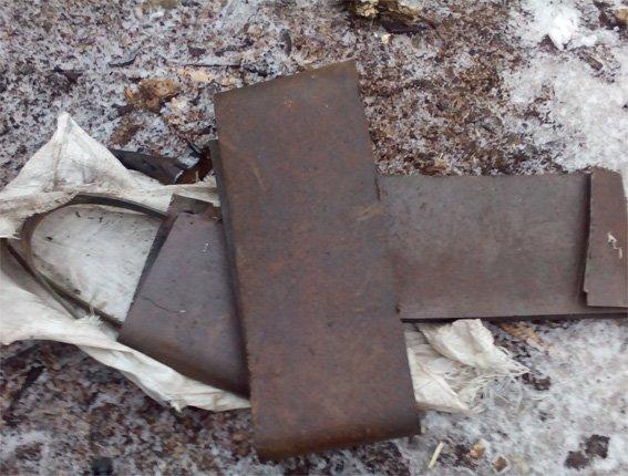 Двое жителей Кировоградской области надругались над могилами (фото) - фото 1