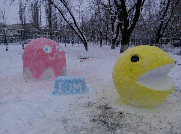 В Киеве поселились снеговики-патриоты (ФОТО) (фото) - фото 3