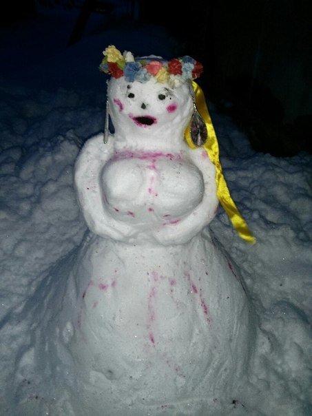 В Киеве поселились снеговики-патриоты (ФОТО) (фото) - фото 6