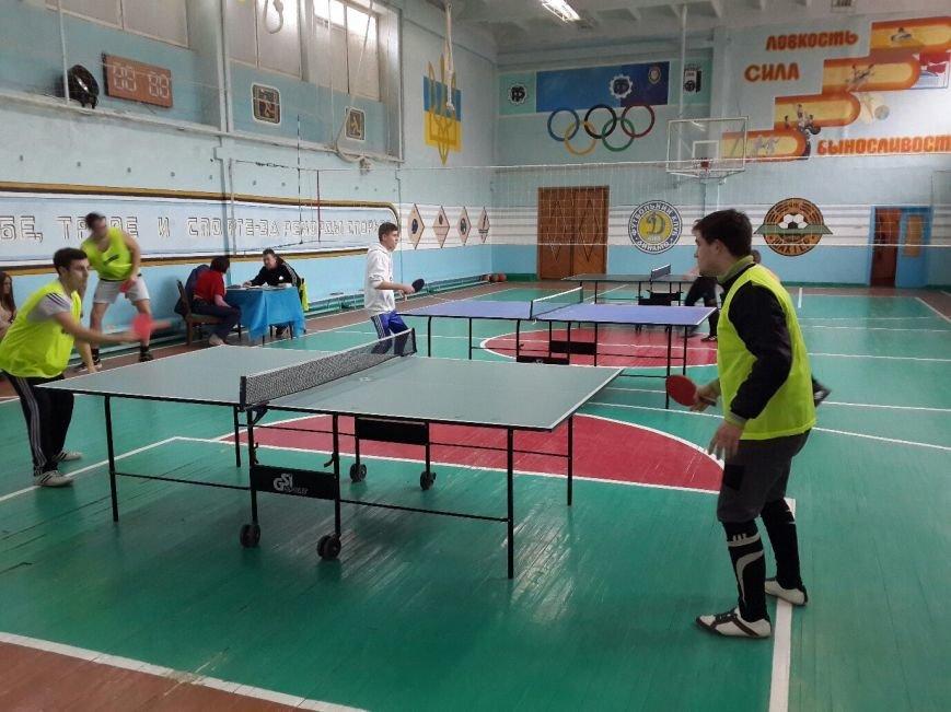 В Краматорске играли в теннис (фото) - фото 1