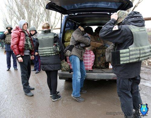 06_02_2015_Mariupol_Medicinskie_ aptechki_02s