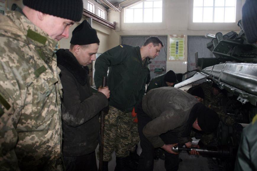 Харьковские бойцы делятся опытом участия в АТО с мобилизованными офицерами (фото), фото-1