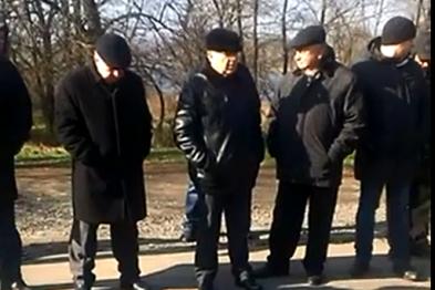 В Кривом Роге: обрушились конструкции моста, неизвестные сбросили 3 памятника, бойцов обучили тактической медицине, фото-3