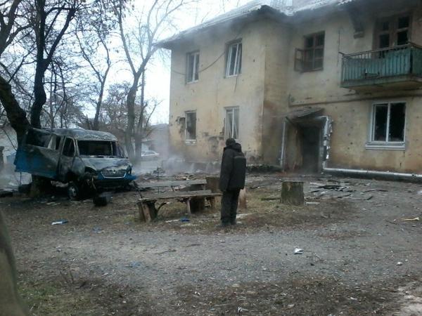 Страшный взрыв в Донецке уничтожил склад с боеприпасами (ФОТО, ВИДЕО) (фото) - фото 1
