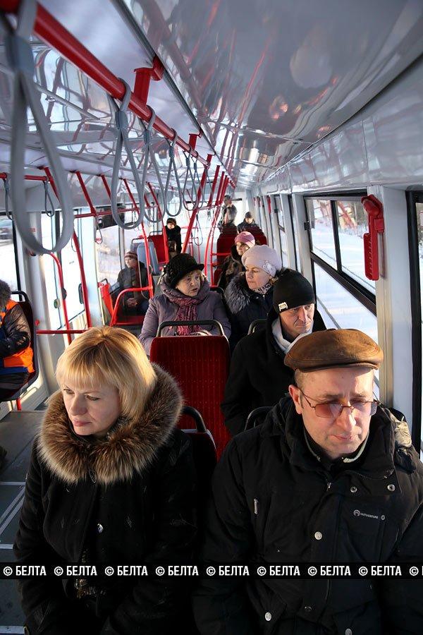 Экспериментальный суперсовременный трамвай вышел на линию в Новополоцке, фото-2