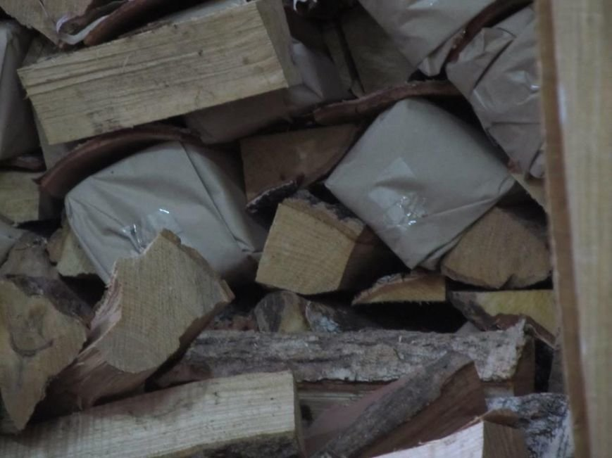 Львівські митники затримали рекордну контрабанду цигарок (ФОТОРЕПОРТАЖ), фото-3