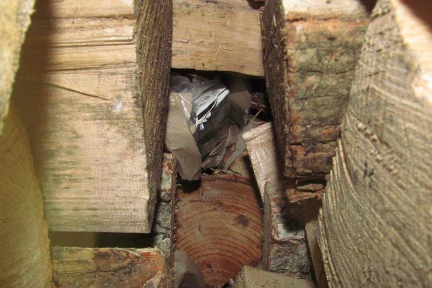 Львівські митники затримали рекордну контрабанду цигарок (ФОТОРЕПОРТАЖ), фото-6
