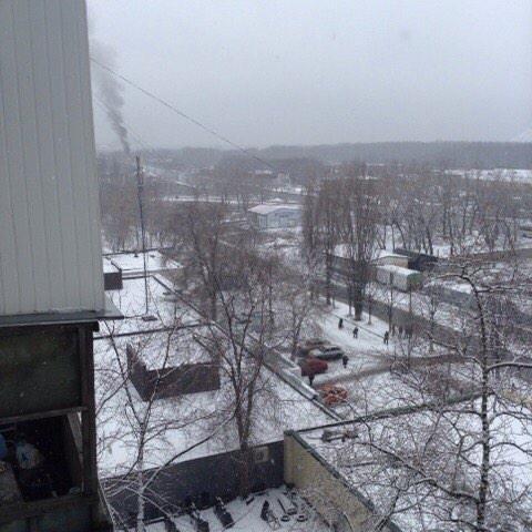 В Донецке снаряд попал в мост, соединяющий Текстильщик и Петровский район (ФОТО) (фото) - фото 2