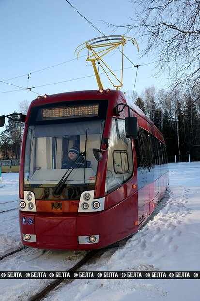 Суперсовременный трамвай появился в Новополоцке, фото-1