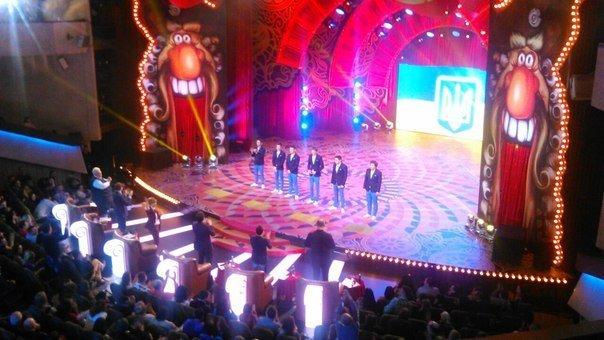Кременчугская команда КВН покорила сердца зрителей и жюри одесского чемпионата юмора «Лига смеха» (ФОТО) (фото) - фото 1