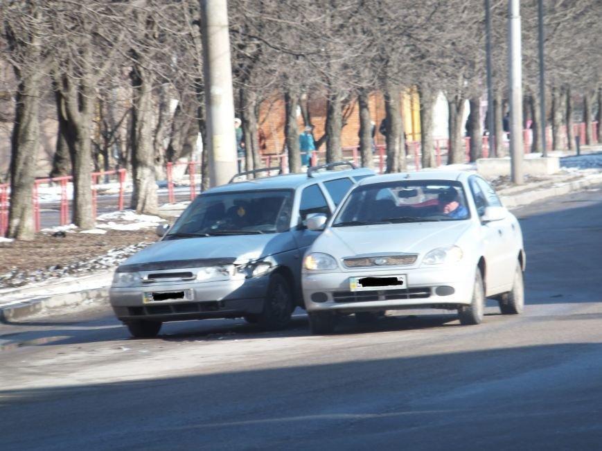 В Кировограде столкнулись две иномарки. ФОТО (фото) - фото 2