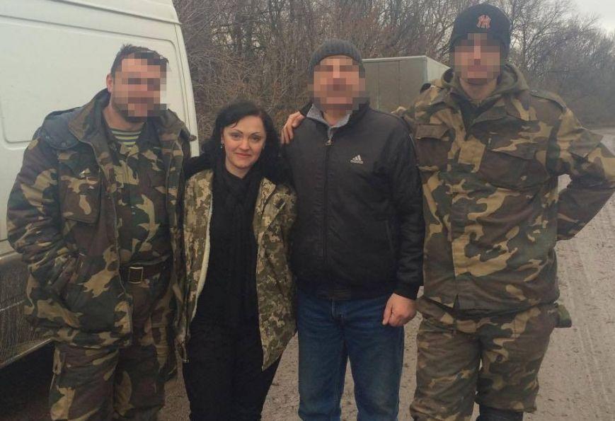 Буковинські волонтери повернулися із зони АТО (фото) - фото 1