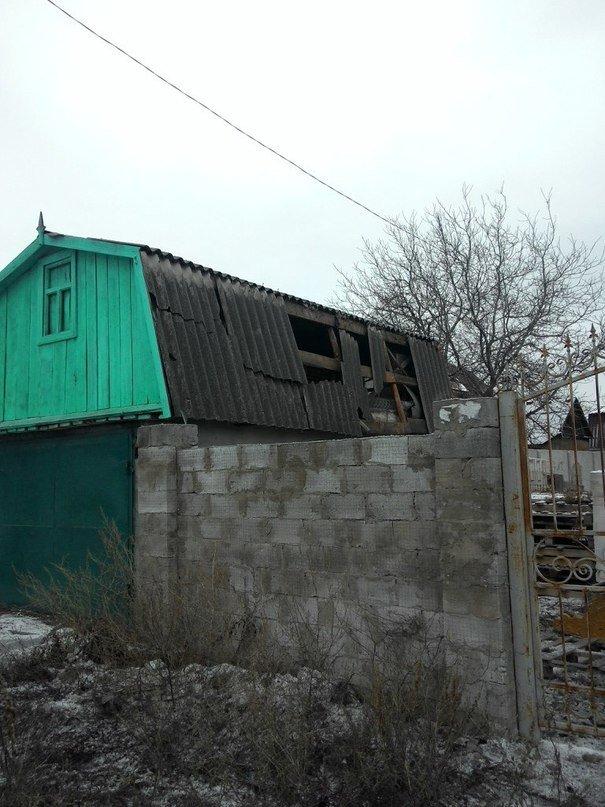 В Донецке снаряд попал в «Амстор» (ФОТО) (фото) - фото 1