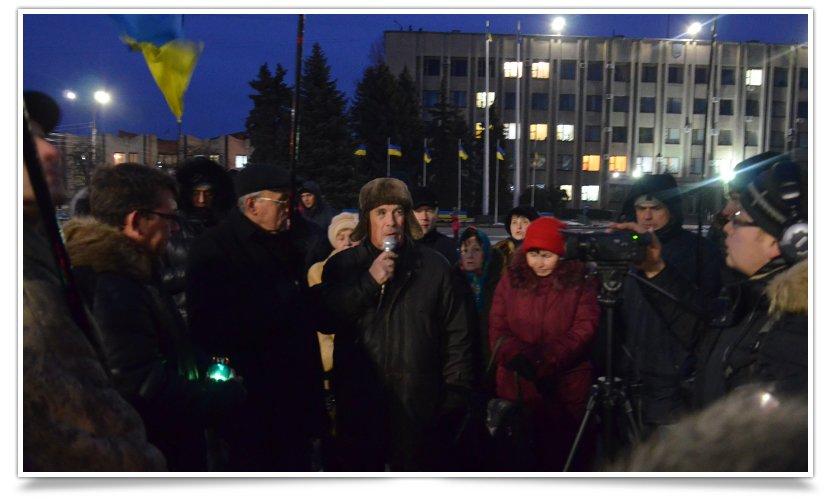 Активисты Славянска почтили память погибших в Краматорске (фото) - фото 1