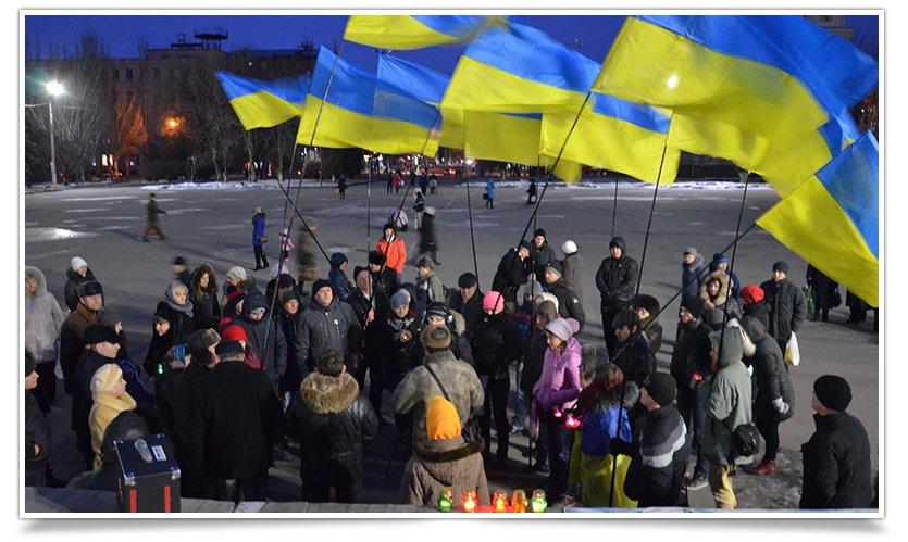 Активисты Славянска почтили память погибших в Краматорске (фото) - фото 2