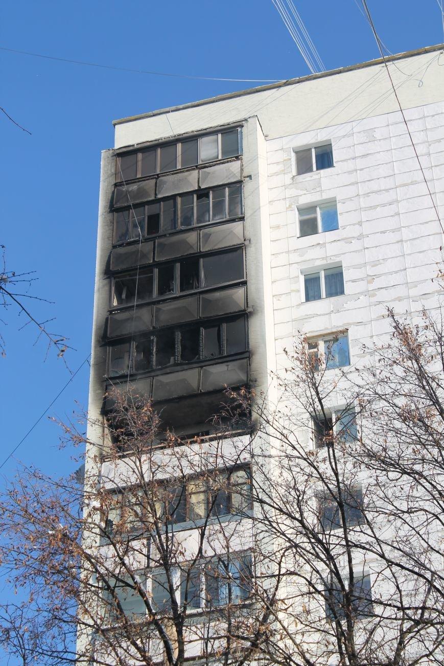 Сильный пожар в многоэтажке в центре Сум: 1 погибший, 5 пострадавших (ФОТО). ОБНОВЛЕНО, фото-2