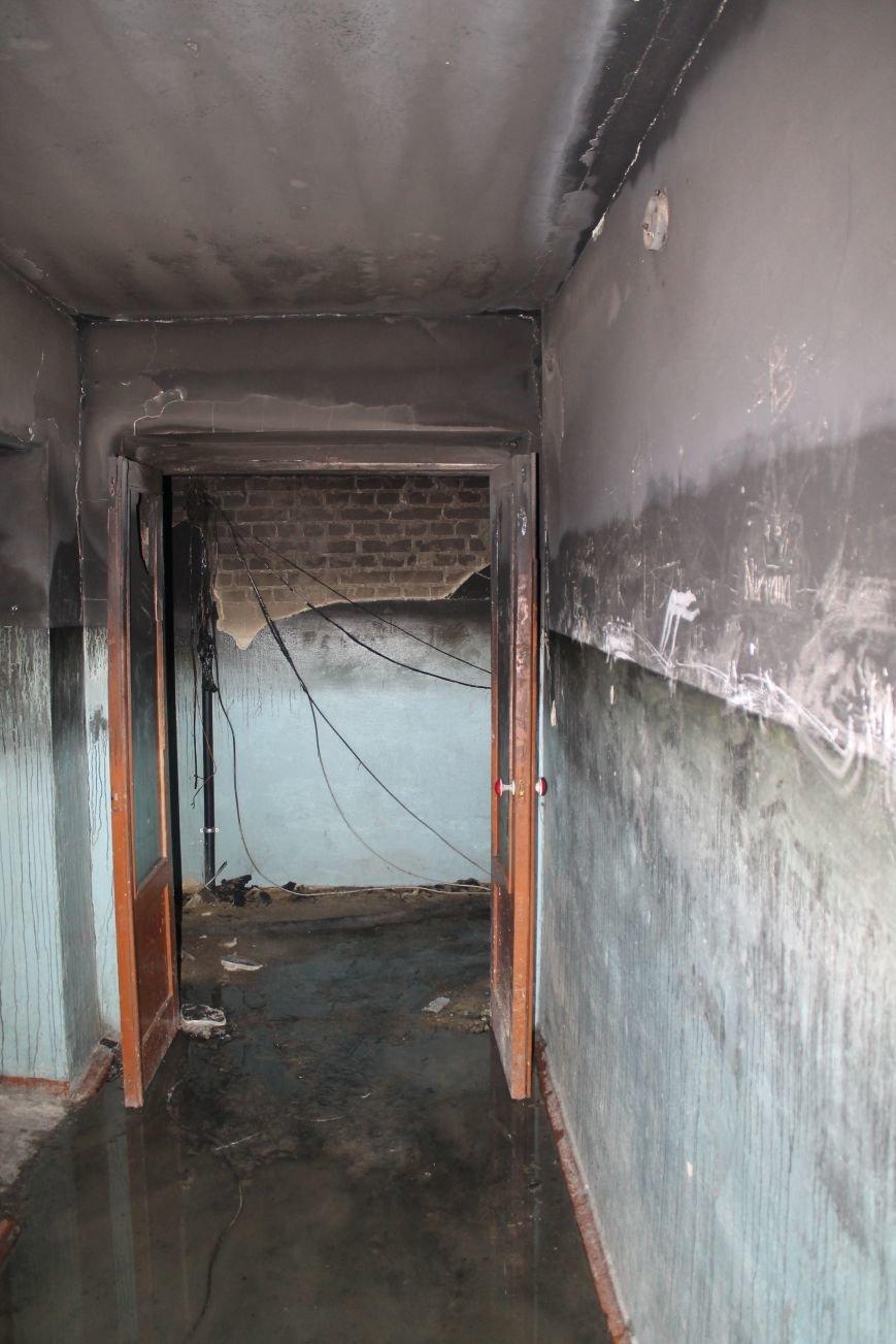 Сильный пожар в многоэтажке в центре Сум: 1 погибший, 5 пострадавших (ФОТО). ОБНОВЛЕНО, фото-8