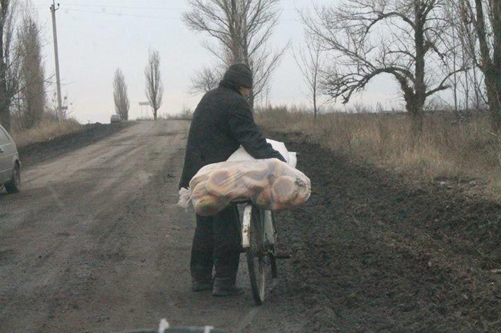 Запорожские волонтеры побывали в Орловке (фото), фото-5