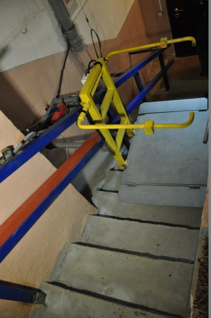 У Львові встановили спеціальний підйомник, який дозволить інвалідам відчувати себе повноцінними людьми (ФОТО, ВІДЕО), фото-1