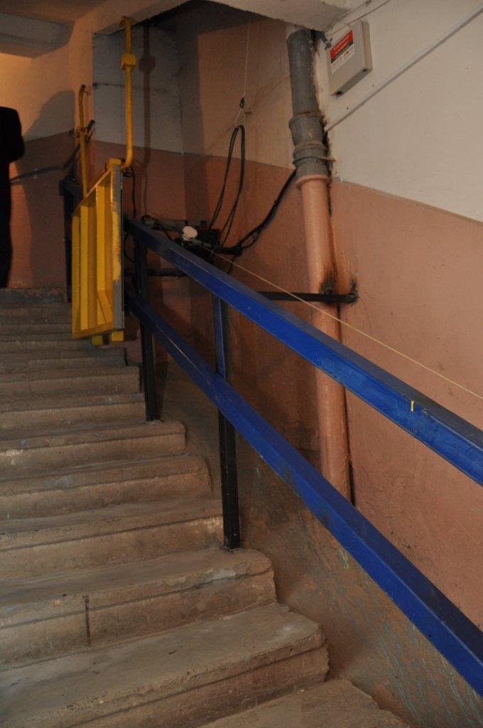 У Львові встановили спеціальний підйомник, який дозволить інвалідам відчувати себе повноцінними людьми (ФОТО, ВІДЕО), фото-3