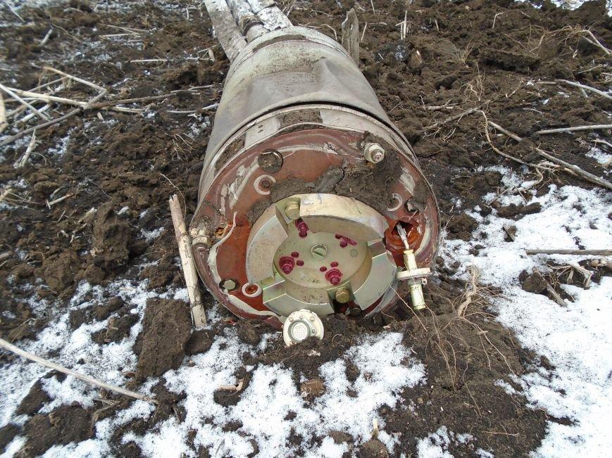 Боеприпасы и разруха: новые кадры обстрела Гродовки (ОБНОВЛЕНО) (фото) - фото 39