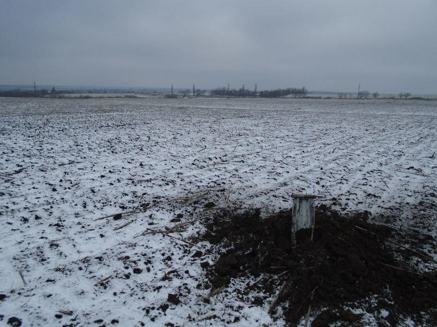 Боеприпасы и разруха: новые кадры обстрела Гродовки (ОБНОВЛЕНО) (фото) - фото 43
