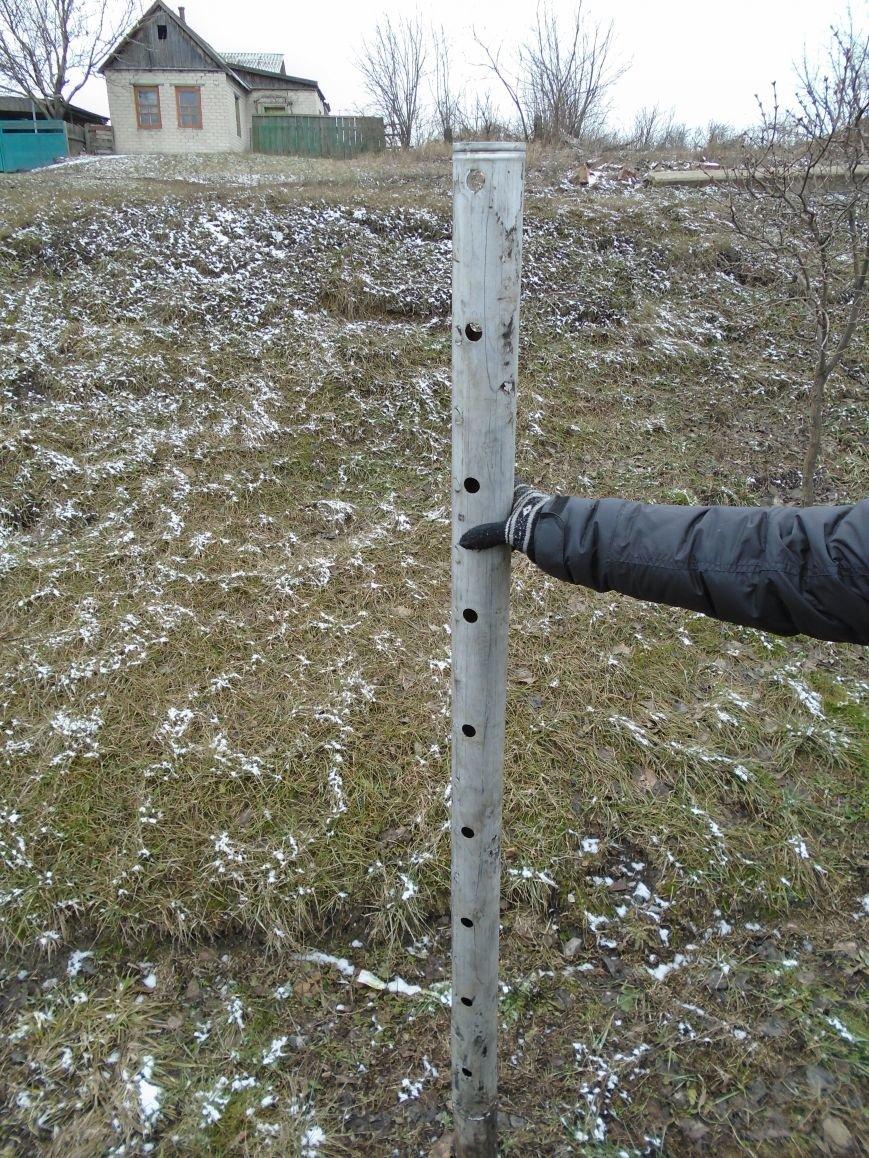 Боеприпасы и разруха: новые кадры обстрела Гродовки (ОБНОВЛЕНО) (фото) - фото 28