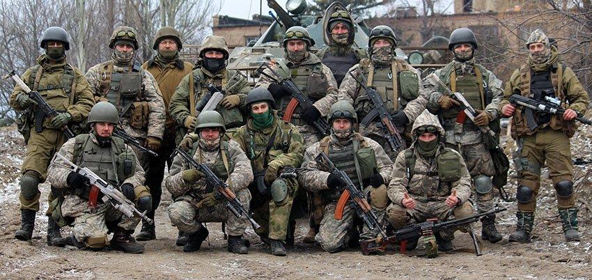 Військовий на прізвисько «Кремінь» запевнив, що ніколи не залишить свій блокпост (ФОТО) (фото) - фото 3