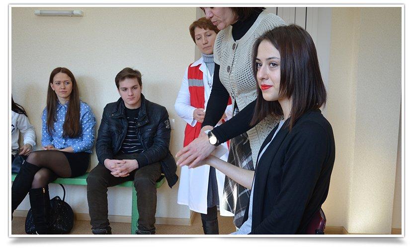 В Славянске прошли первые занятия по экстренной медицинской помощи (фото) - фото 2