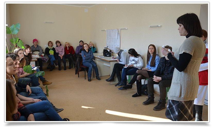 В Славянске прошли первые занятия по экстренной медицинской помощи (фото) - фото 1