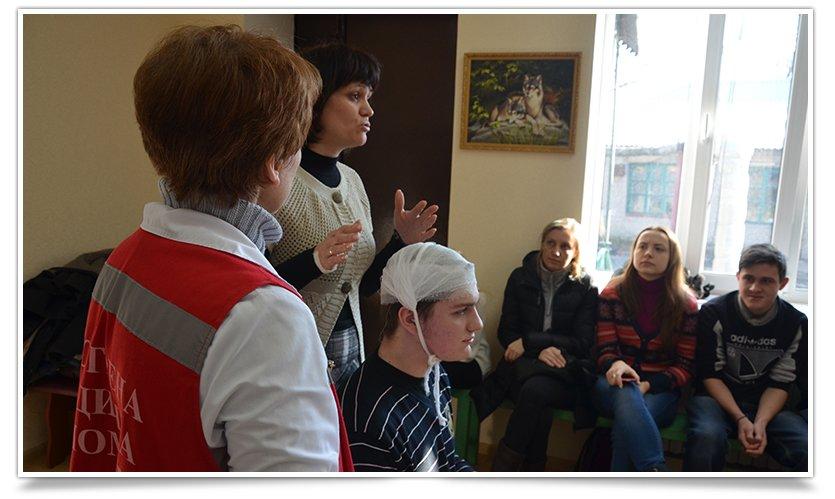 В Славянске прошли первые занятия по экстренной медицинской помощи (фото) - фото 3