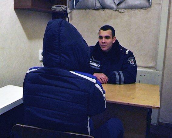 В Харькове поймали банду, которая грабила аптеки (фото) - фото 2