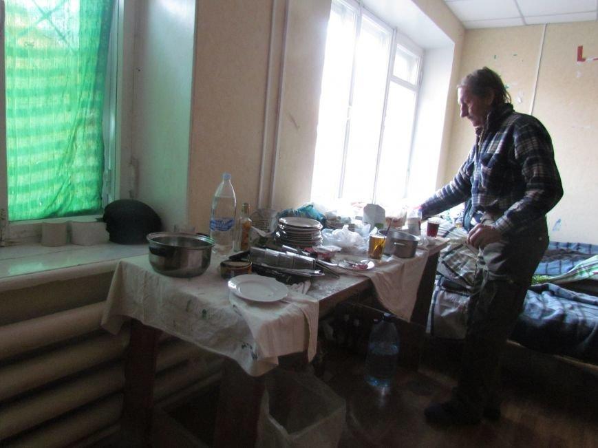 Вынужденные переселенцы из Широкино довольны мариупольским приемом (ФОТО), фото-2