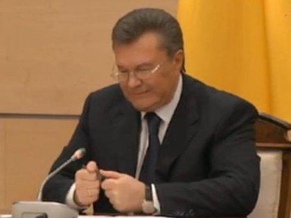 У Мінську Путін зламав ручку як Янукович (ФОТО, ВІДЕО) (фото) - фото 4