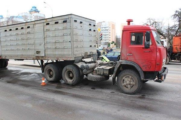 Дорожные аварии в Гродно: 9 улиц, по которым лучше не ездить (Фото, Видео) (фото) - фото 9