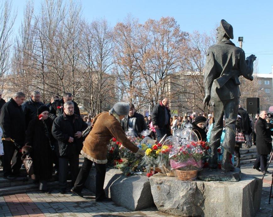 В Артемовске прошел митинг в честь Дня памяти воинов-интернационалистов, фото-6