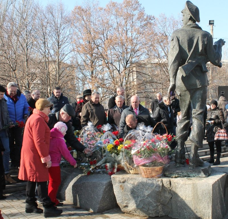 В Артемовске прошел митинг в честь Дня памяти воинов-интернационалистов, фото-5